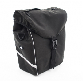 Universal rear pannier with zip pocket in top cover
